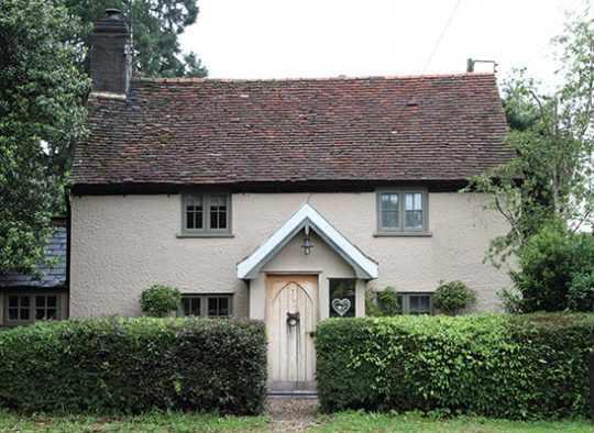 FC Traditional Suffolk cottage with timber flush casements in Oxford clay finish